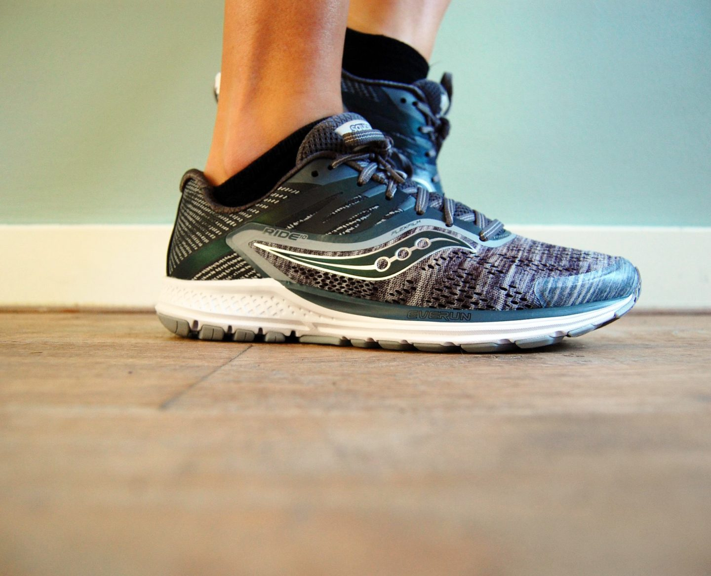Review: Saucony Heathered Chroma Ride 10